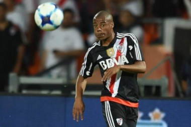 """""""Nico"""" de la Cruz anotó su primer gol con la camiseta de River."""