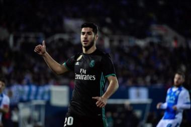 Asencio le dio la victoria a Real Madrid a pocos minutos del final.