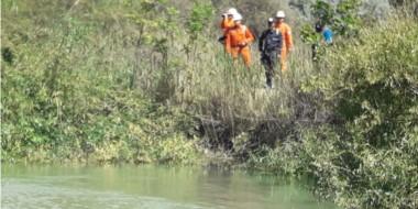 Integrantes del CEPA se sumaron a la búsqueda en las márgenes del Río Chubut. No hubo indicios.