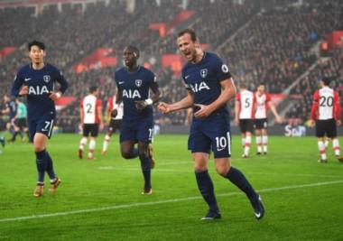 Kane marcó para Tottenham y es el goleador del campeonato, lleva 21 goles en 24 partidos.