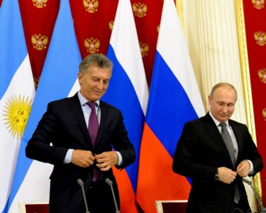 El presidente Macri departió este martes con empresarios en la capital rusa.