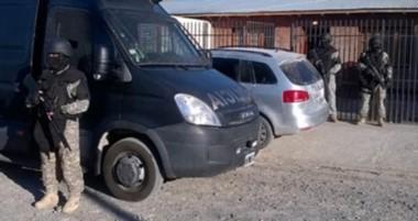 Ayer hubo ocho allanamientos. En las diligencias secuestraron un vehículo, dinero y pasamontañas.
