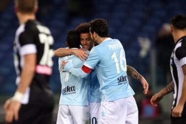 Lazio derrotó ampliamente a Udinese y se afirmó en el tercer escalón del Calcio.