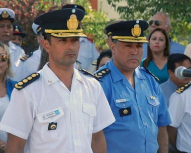 Dúo. El jefe de la Policía, Gómez (izquierda) junto con el titular de la UR.