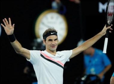 Federer aumentó récord en finales de Grand Slam a 30 y pasó a Djokovic con la marca tope de 7 en el Abierto de Australia en la era profesional.