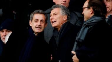 """Mauricio Macri hizo una """"parada táctica"""" en Francia para ver a Di María en el PSG."""