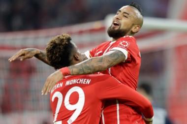El chileno Vidal marcó uno de los tantos en goleada del Bayern.