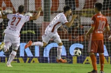 Antes de ser goleado por Racing en Avellaneda, Huracán le ganó a River de local.
