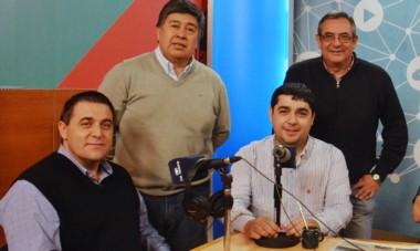 Pablo Toviggino (izquierda) asumió la presidencia del Consejo Federal. Reemplaza a Juan Pablo Beacon (centro, a la derecha), de frágil gestión.