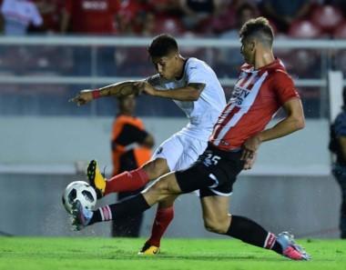Independiente empató con Central en un pendiente y perdió con Estudiantes en lo que va del año, ambos de local.