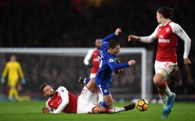 En un electrizante partido, Arsenal y Chelsea terminaron a mano.