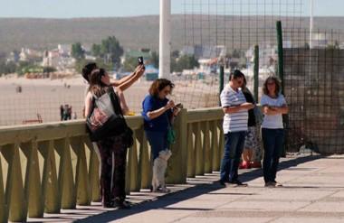 El movimiento turístico se comenzó a sentir en las calles de la ciudad portuaria previendo una temporada por demás interesante en afluencia turística.