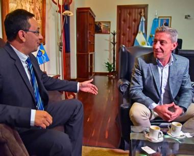 El primer encuentro a solas entre el intendente de Trelew y el gobernador en el comienzo del 2018.