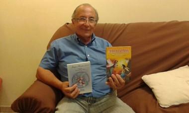 Jorge Baudés en Jornada dialogando sobre sus escritos premiados.