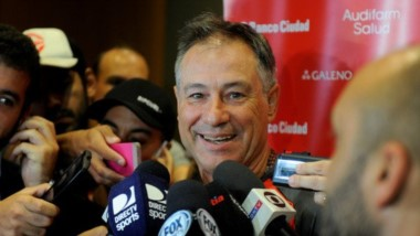 De referente del vestuario a echado. Se quebró la relación Holan-Erviti en Independiente.