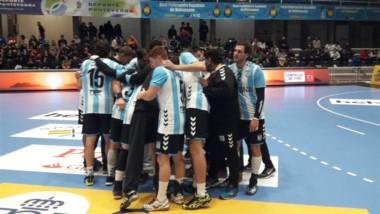 Argentina superó a Polonia 29-24 en el debut en el torneo internacional Domingo Bárcenas.