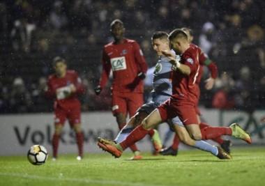 Carrillo metió tres goles en el triunfo 5-2 del Monaco ante el Moulins-Yzeure para avanzar a 16avos de final de la Copa de Francia.