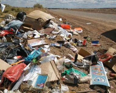 Descontrol. El municipio sigue sancionando a los irresponsables pero nada parece suficiente en Trelew.