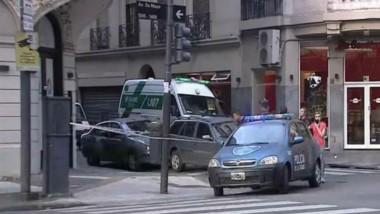 Apuñalaron a un turista ruso para robarle en el centro porteño.