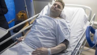 Andrew Wardle terminó en coma cinco días luego de perder su virginidad gracias al pene biónico. Ahora los médicos quieren saber si su vesícula biliar causó el desmayo.