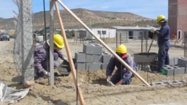 Bloque. Hay gran preocupación en Comodoro Rivadavia ante el poco movimiento que hay en la construcción.