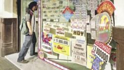 Un joven de 20 años amenazó con prender fuego una agencia de lotería y a él mismo luego de que le informaran que no había ganado un pozo millonario tal como creía.