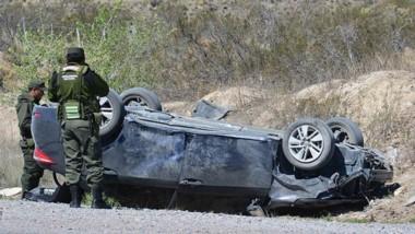 Ruta 25. En este automóvil se desplazaba el doctor Sevetich, quien afortunadamente se recupera de golpes.