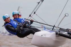 Oro en yachting. Teresa Romarone y Dante Cittadini son campeones olímpicos después de lograr el primer puesto en nacra 15 mixtos.