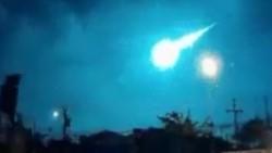 La bola de fuego que iluminó la noche de Corrientes y de Misiones fue captada por numerosas cámaras de seguridad.
