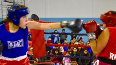El exitoso certamen de boxeo de los barrios llega al Gimnasio Municipal de Gaiman, el 27 de octubre.
