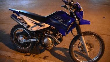 La moto que conducía el joven, accidentado por imprudencia ajena.