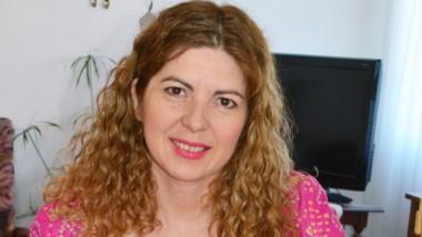 Paola Price brinda datos sobre el cáncer de mama en Argentina.