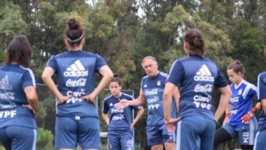 Las chicas argentinas buscarán el pasaje al Mundial ante Panamá.
