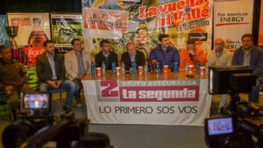 """La presentación se realizó en el """"Salón Azul"""" del Diario El Chubut con autoridades y organizadores."""