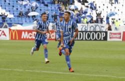 Godoy Cruz y Atlético Tucumán, que pelean arriba, se miden en Mendoza.