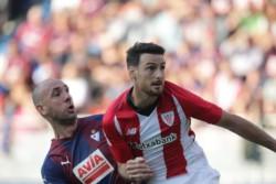 El derby vasco terminó en tablas y Athletic Bilbao agudizó su crisis.