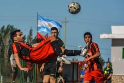 Independiente cumplió y superó a Los Aromos para meterse en los cuartos de final del Clausura.