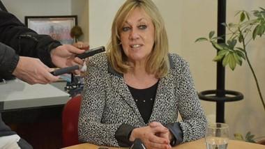 La intendente se mostró enojada con la decisión del gobernador y quiere explicaciones.