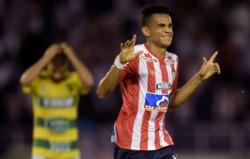 En Barranquilla, fue victoria 2-0 ante Defensa y Justicia por los goles de Luis Díaz y Rafael Pérez.