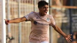 Con goles de Faravelli y Comba, Gimnasia le ganó 2-1 a Boca que descontó a través de Espinoza.