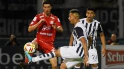 Por lo menos pudo sumar: San Martín de Tucumán no la pasó nada bien fuera de casa en la Superliga.
