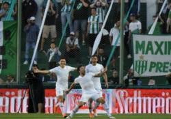 Con goles de Pavone y Zuqui, Estudiantes venció a Banfield como visitante.
