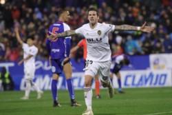 Santi Mina rescató del ridículo y evita la debacle valencianista en Zaragoza.