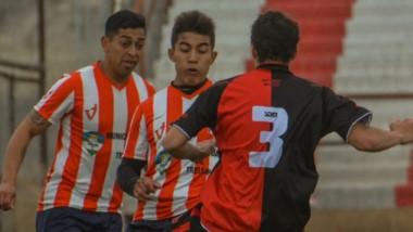 """Racing aspira a lograr el """"1"""" de la tabla general, mientras que Gaiman FC pretende clasificar de  fase."""