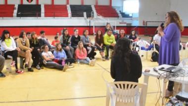 """El taller se realizó en el marco de la semana de sensibilización """"Educar en igualdad 'Diversidad y Género' """"."""