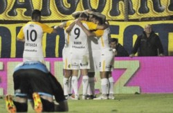 El Canalla recibe a Unión por la Superliga, mientras espera la fecha del clásico ante Newell's, por Copa Argentina.