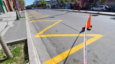 Inminente. El municipio ultima las tareas de pintado y señalización para la habilitación de la doble mano.