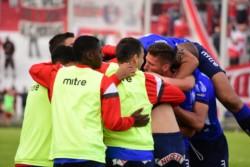 El Gallo le ganó a Agropecuario en el Nuevo Francisco Urbano con gol de Facundo Pumpido.