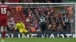 Mahrez falló un penal para el City, a cinco minutos del final del partido.