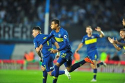 Sobre el final del partido, Sebastián Villa enmudeció al Cilindro de Avellaneda.